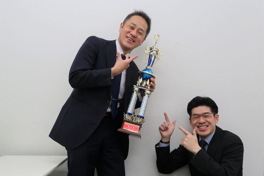 MVPコンテスト2018登壇者の内山崇行さん、MVPコンテスト2018チャンピオンの棈木(あべき)光司さん